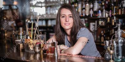 Dating-weiblicher Barkeeper